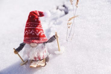 winter-games-garden-gnome